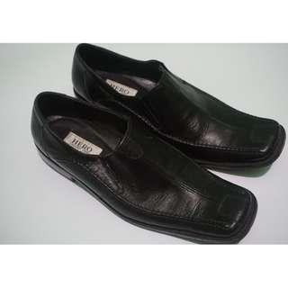 #DIBUANGSAYANG Sepatu Formal Pantofel Hero