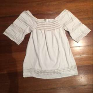Old Navy white sleeved top