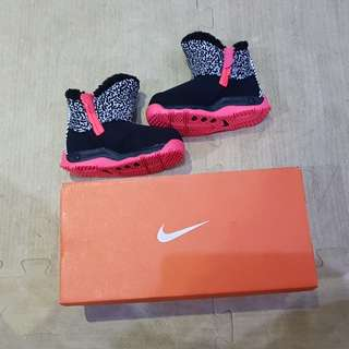 Nike boots authentic