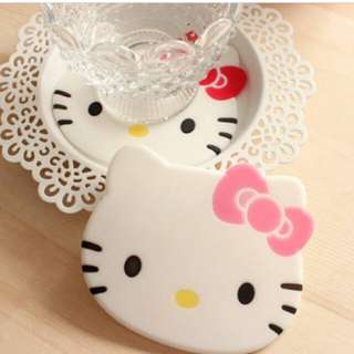 Tatakan Gelas HELLO KITTY (1 set isi 2pcs)