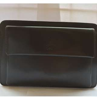 Braun Buffel Clutch