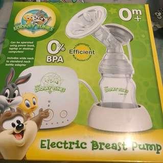Looney Tunes electric breastpump