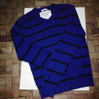 Abercrombie Long sleeved sweater