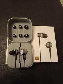 Mi In-Ear Hybrid Pro HD earphone IEM