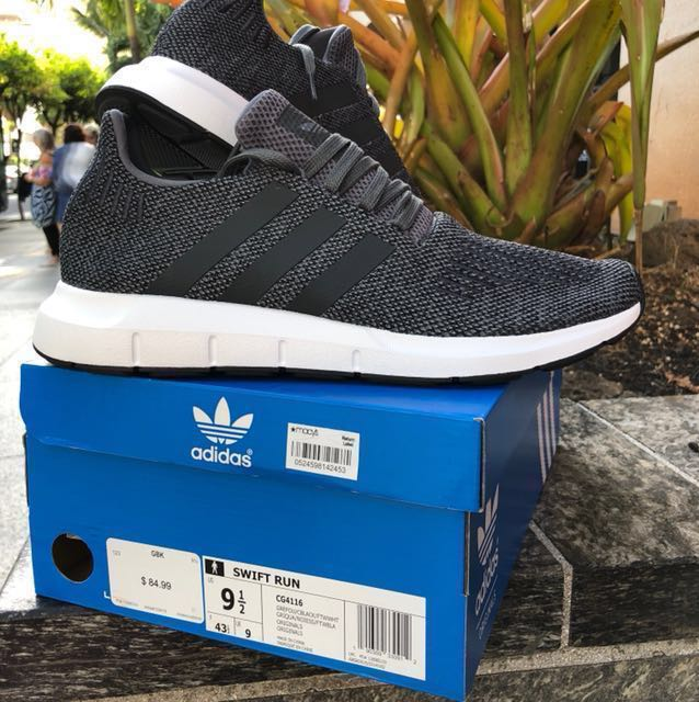 愛迪達 adidas 男 潮鞋 US 9.5號 SWIFT RUN 稀有鐵灰黑 極新