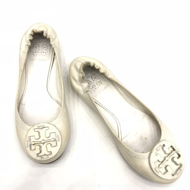 Authentic Tory Burch Off white - 5M