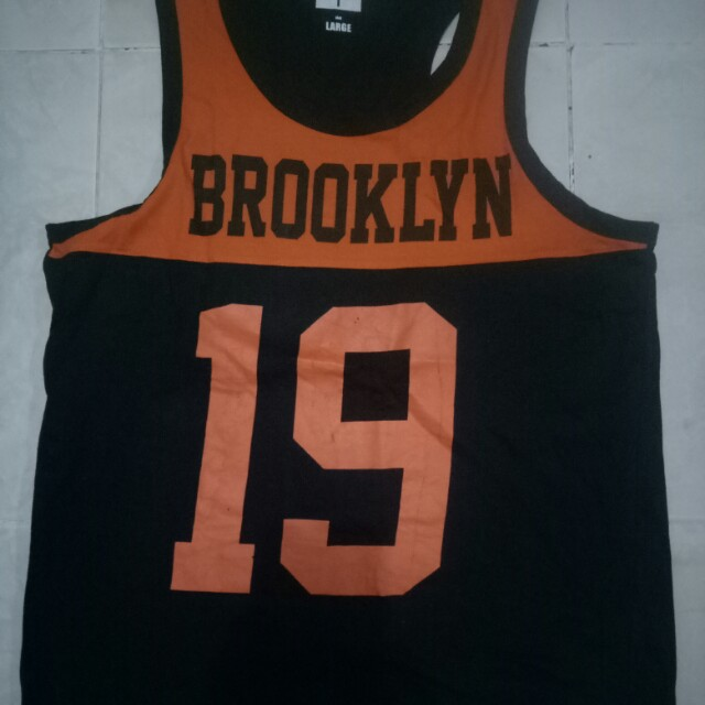 Baju olahraga cowok hitam orange super T size L