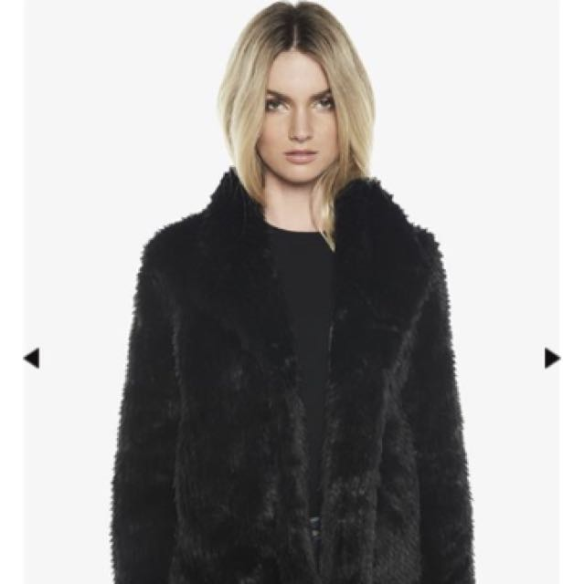Bardot Faux Fur jacket size 6 New with tags