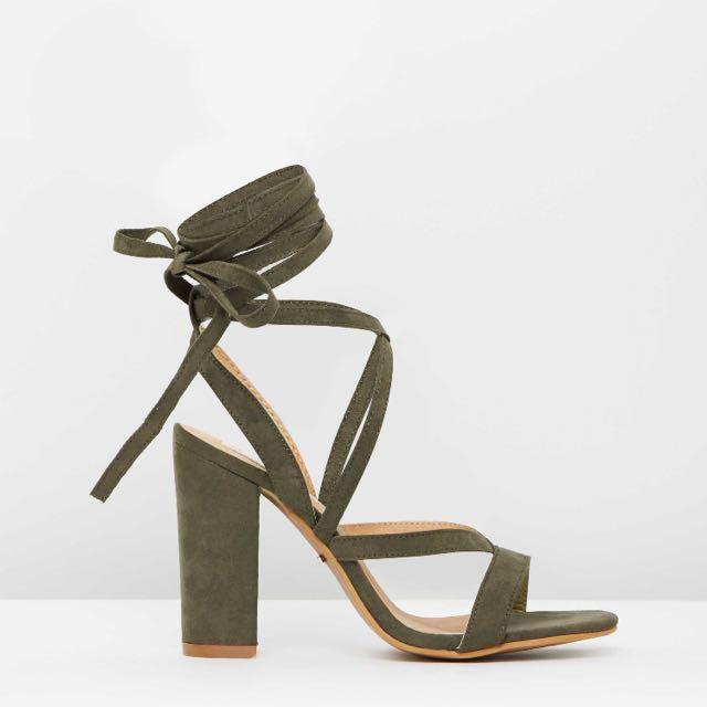 Billini Preen Lace Up Block Heels Sz6