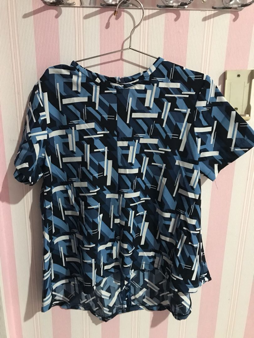 blue pattern top