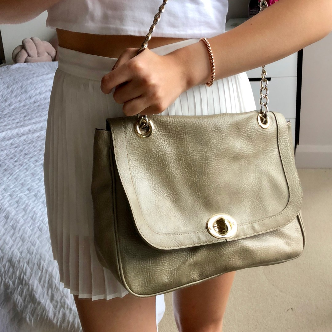 Brown taupe shoulder bag with chain