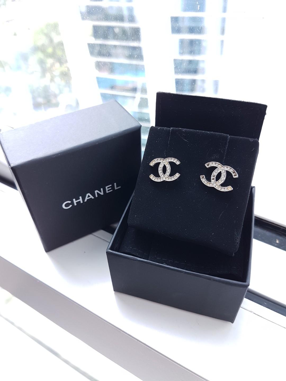Chanel earings