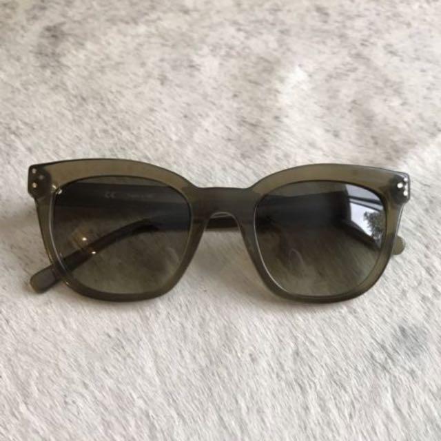 CÉLINE Cateye Sunglasses Transparent Olive Green