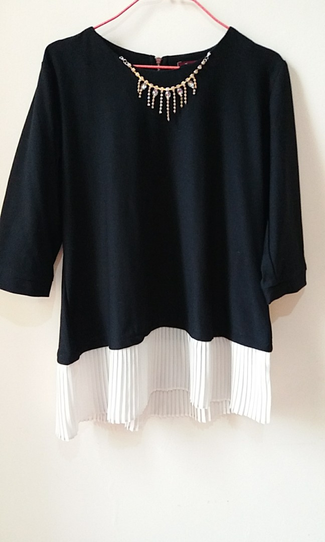 Edgy diamond blouse