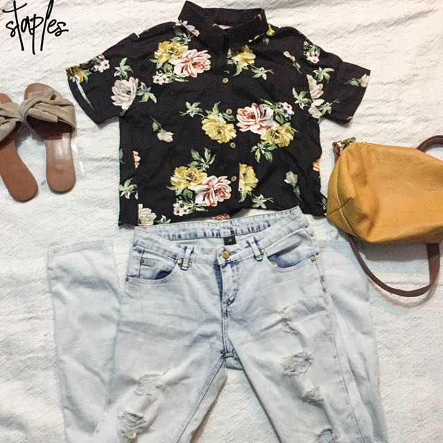 Floral Button Down Top (Code-Kendra)