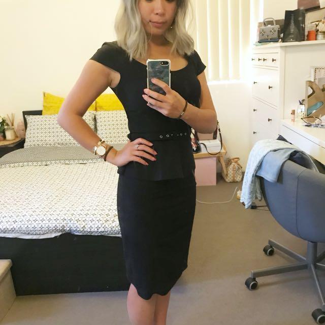 Forecast size 6 Black dress