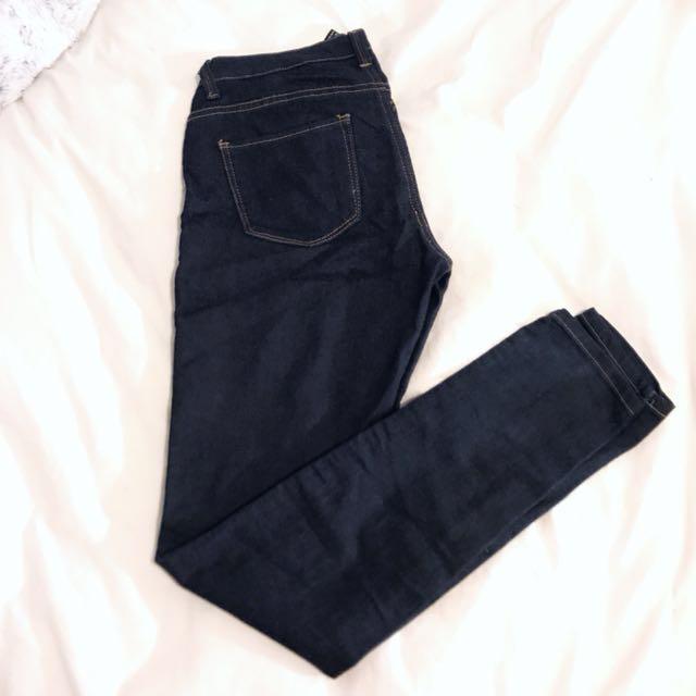 FOREVER21 - Dark Wash Jeans