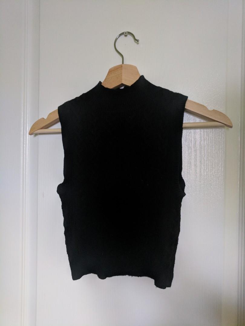 Knit black crop sweater