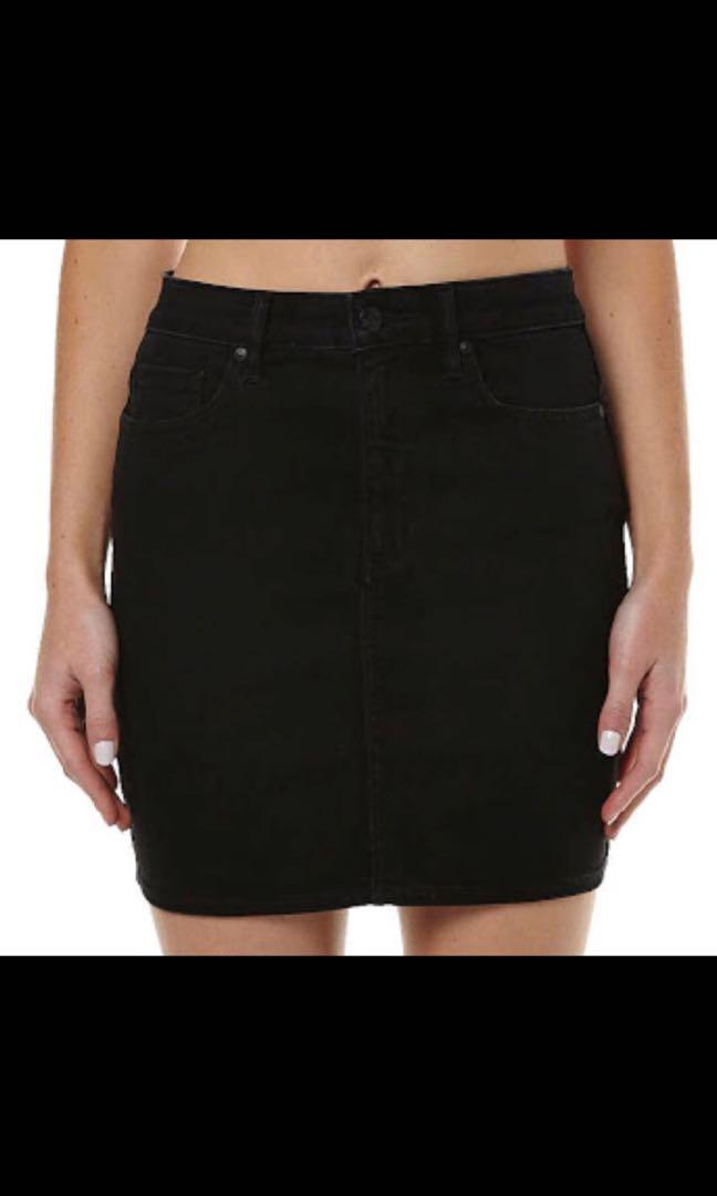 Lee Denim Black Skirt