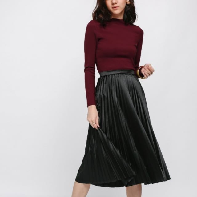 Love Bonito Pleated Skirt