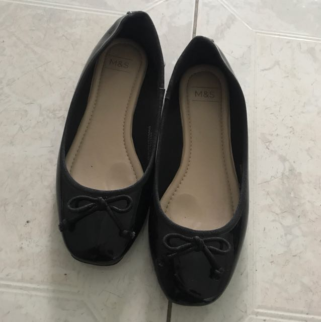 Mark & spencer flat shoes