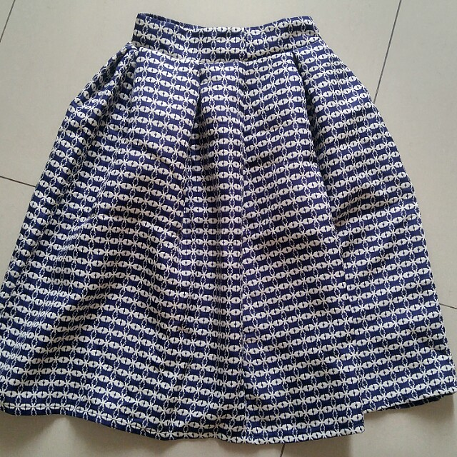 MIDI PLEAT SKIRT