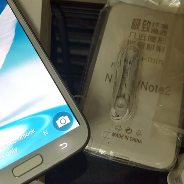 MINT SAMSUNG NOTE 2 (READ)