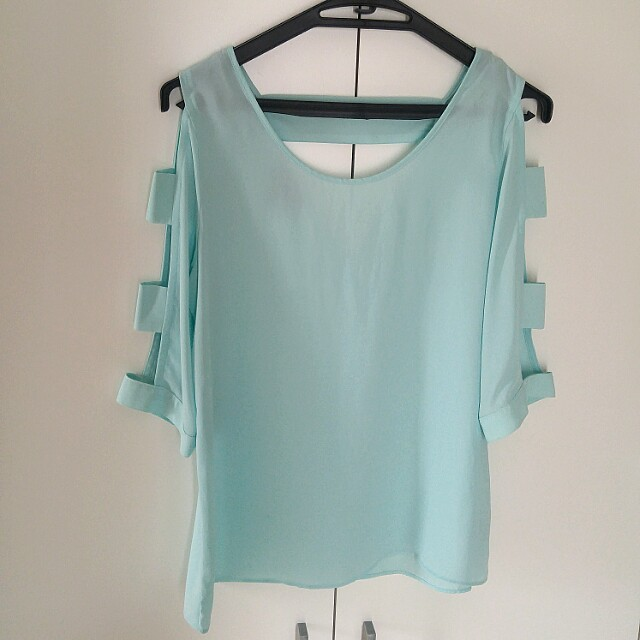 Mint Top (BUY2 100RB)