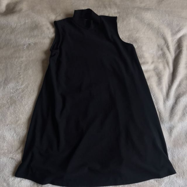 Missguided High-Neck Black Dress