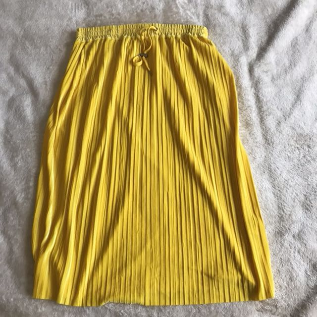 Monki Yellow Velvet Maxi Skirt