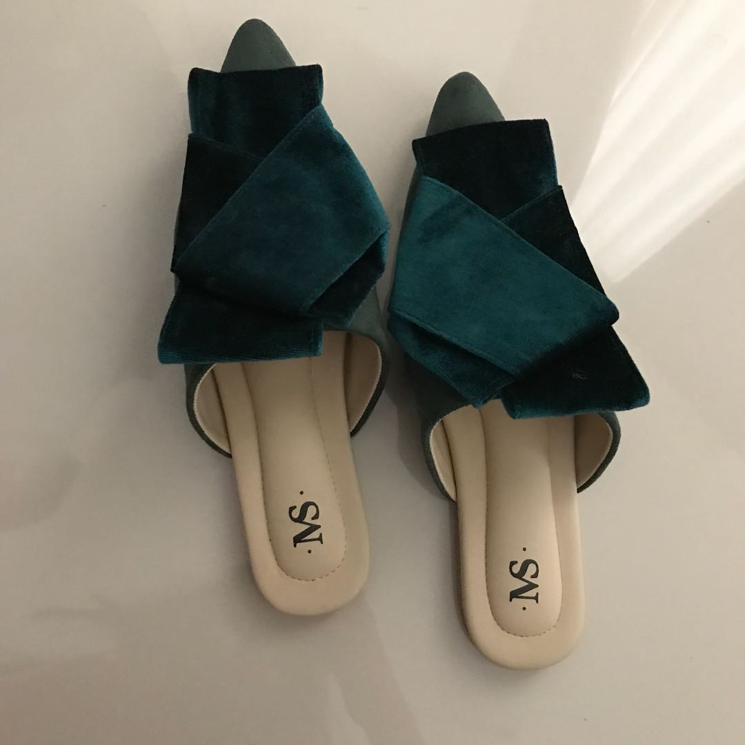MULES SHOES NEW