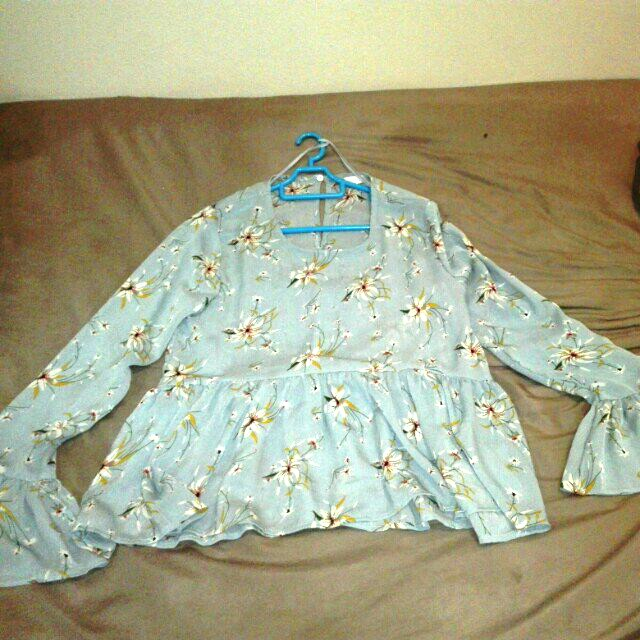 Padini Bell Sleeves Light Blue Floral Top