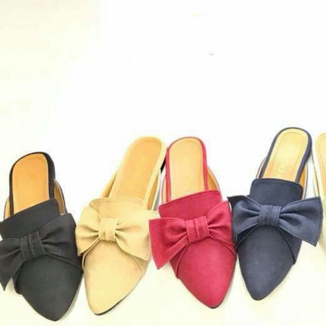 Ribbon Pointed Suede Flats