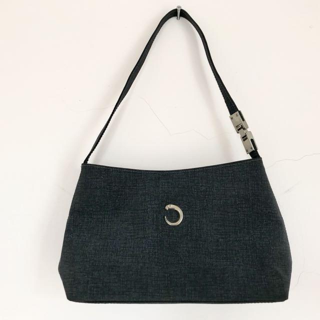 Simple chic bag