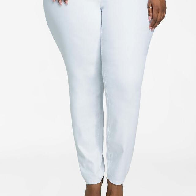 Terranova L White Mom Jeans Size 30