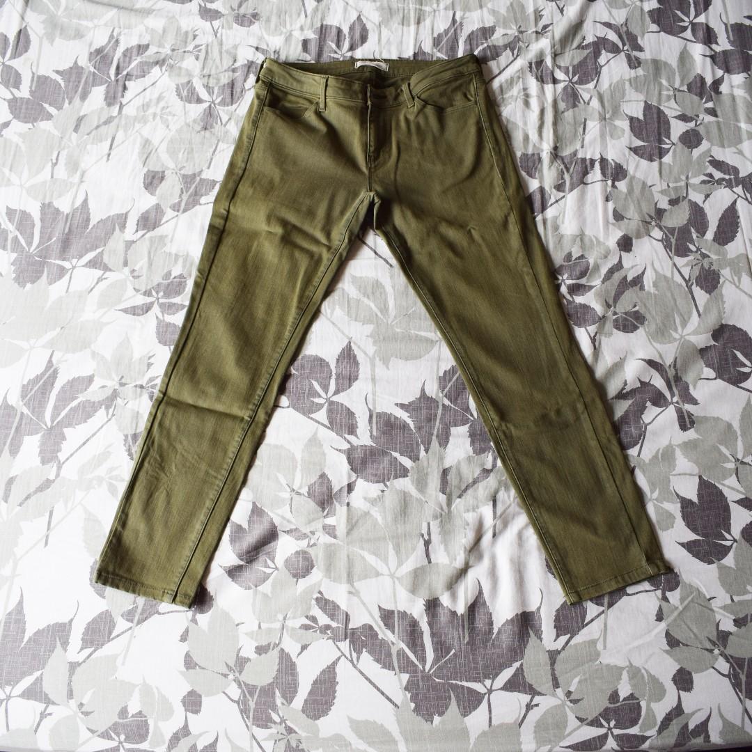 UNIQLO Green Pants