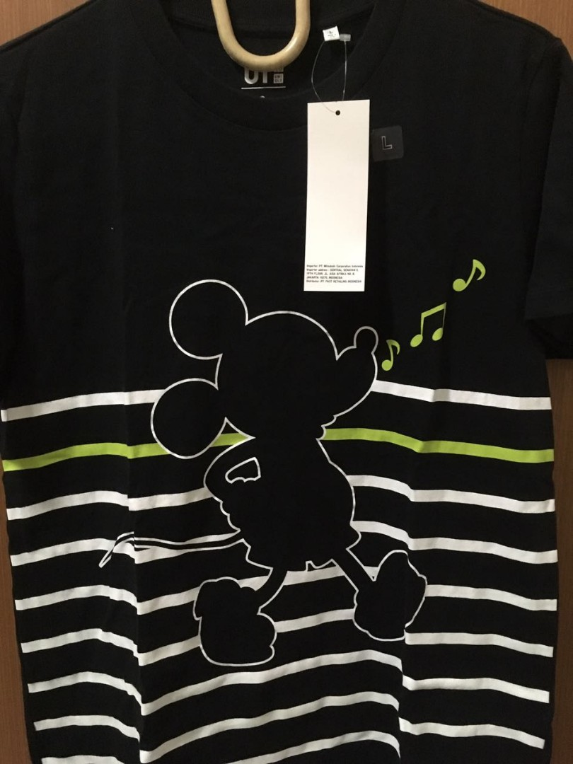 Uniqlo mickey mouse