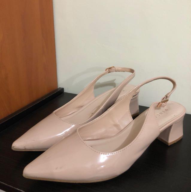 Vincci court heels platform mules nude patent size 7