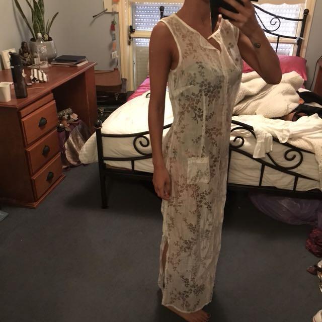 WHITE ORGANZA DRESS