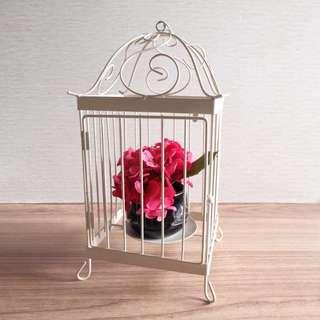 Sangkar burung untuk wadah lilin atau bunga