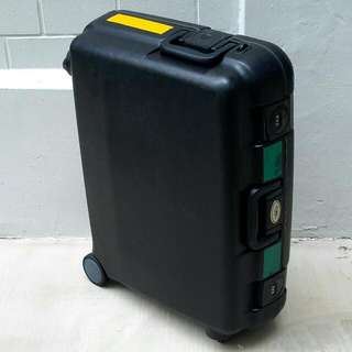 "Lojel 27"" Solid Luggage Case"