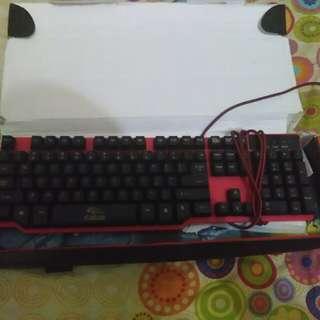 Keyboard #FISIPUNIS