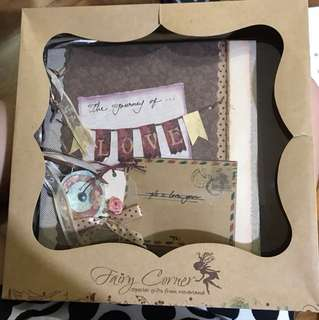 Art & Craft - Scrapbook to track your journey of LOVE