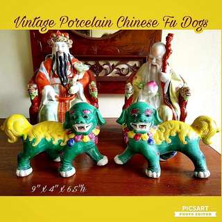 Vintage Handmade Hand-Painted Foo Dogs or Chinese Porcelain Lions. Big, refer to dimensions in photos. Good Condition. Clearance Offer, a pair for $148 only! Do not Miss. Sms 96337309.