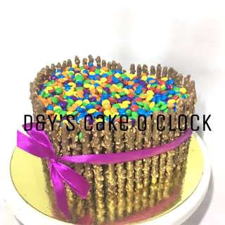 PEPERO CAKE WITH NIPS