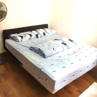 Room for Rent @ Blk 605 Jurong West St.62