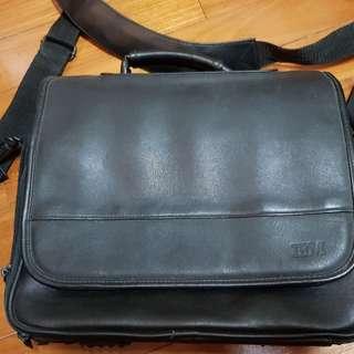 "IBM laptop bag (12""L, 10"" H and 5"" width of base)"