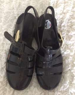 Black Juju jelly shoes
