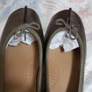 CLARKS 經典女裝鞋