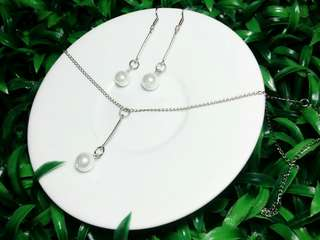 Set Kalung + Anting Mutiara
